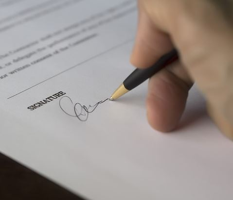 The dangers of renting out your signature as a virtual witness on a will or POA